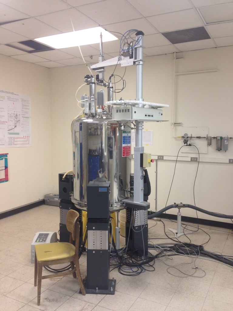 Bruker 800 MHz AvanceIII Spectrometer with Cryoprobe at the UC Davis NMR Facility